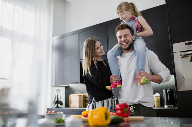 At Elite Housekeeping more than cleaning, looking after families